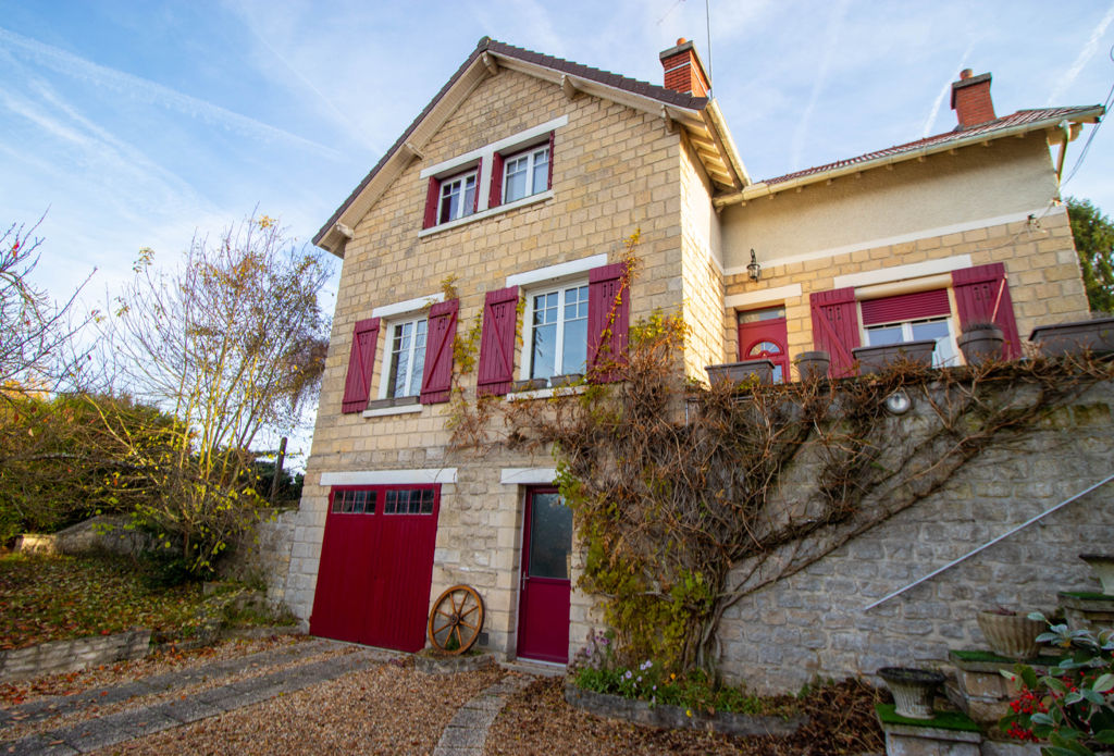 NESLES LA VALLEE - MAISON -  6 PIECES -  120 M²