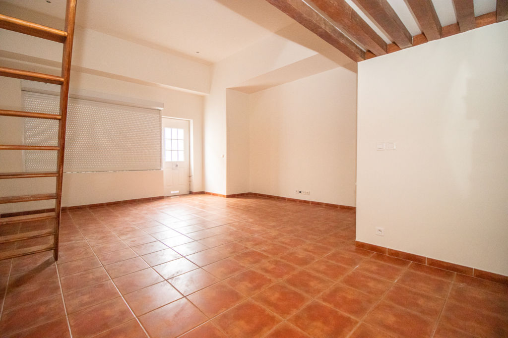 BEAUMONT SUR OISE - APPARTEMENT STUDIO - 40 m²